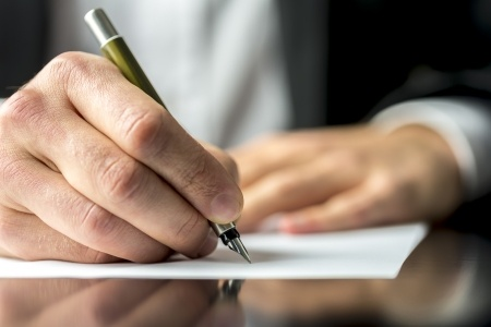 Are you wasting your time with that cover letter?
