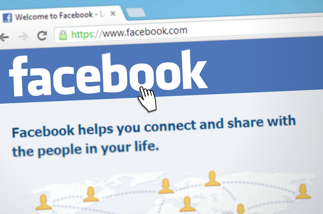 5 Tricks for an Employer-friendly Facebook Page